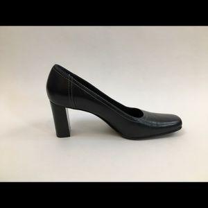 Navy Blue Gianni Bini Square Toe Leather Heels